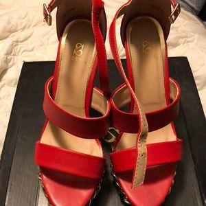 Shoe dazzle red Donisha